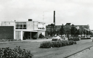 Toen commercie nog geen rol speelde, was er het Witgele-Kruisgebouw aan de Mariastraat te Rijen. Was het vroeger toch beter?